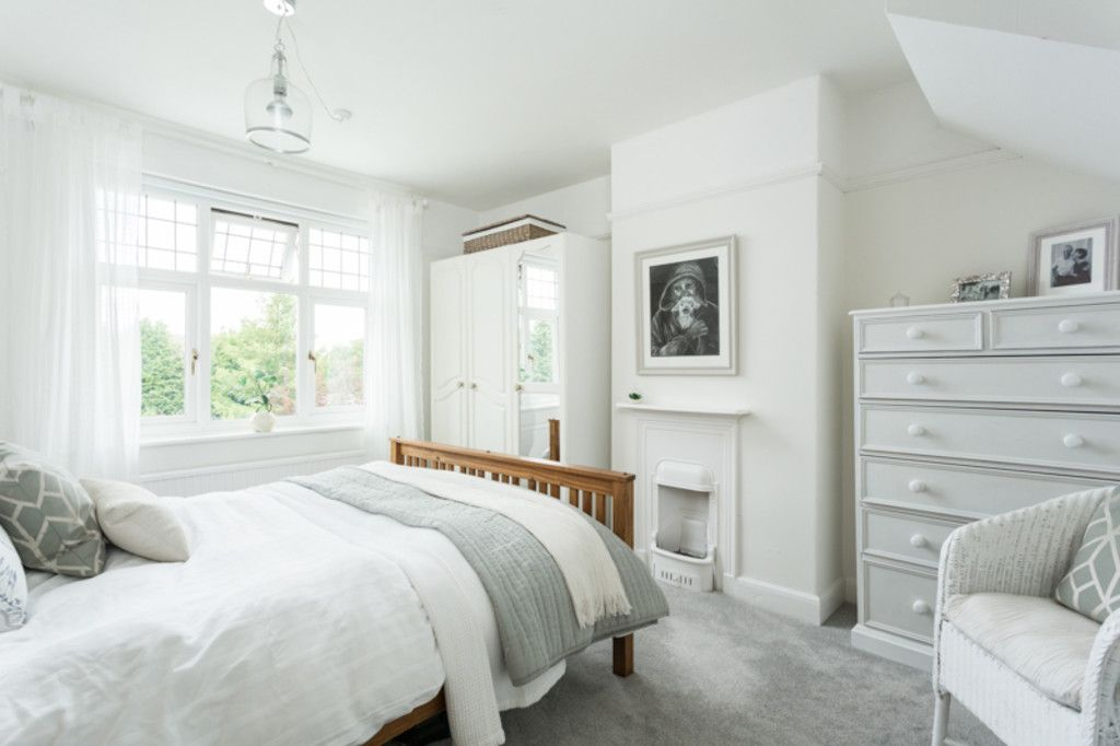 6 bed house for sale  - Property Image 3