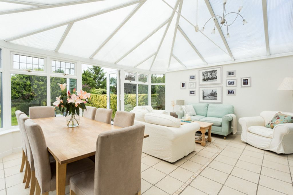 6 bed house for sale  - Property Image 6