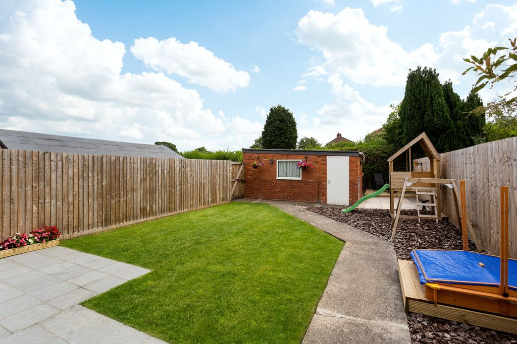 3 bed house for sale in Howe Hill Road, York 13