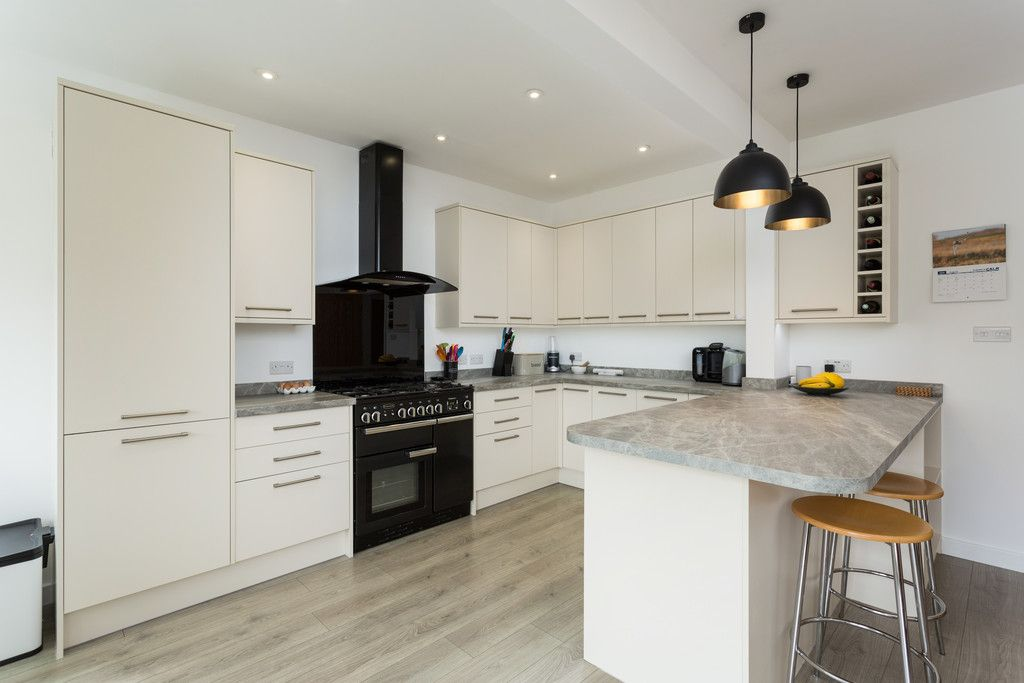 3 bed house for sale in Howe Hill Road, York  - Property Image 5
