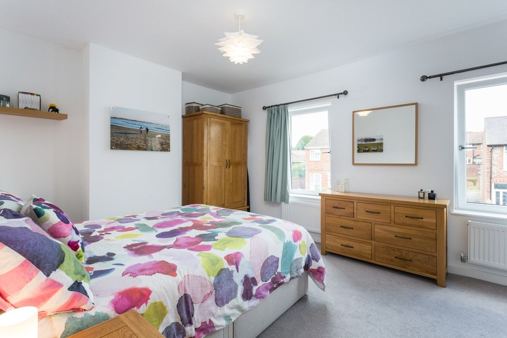 3 bed house for sale in Howe Hill Road, York 8