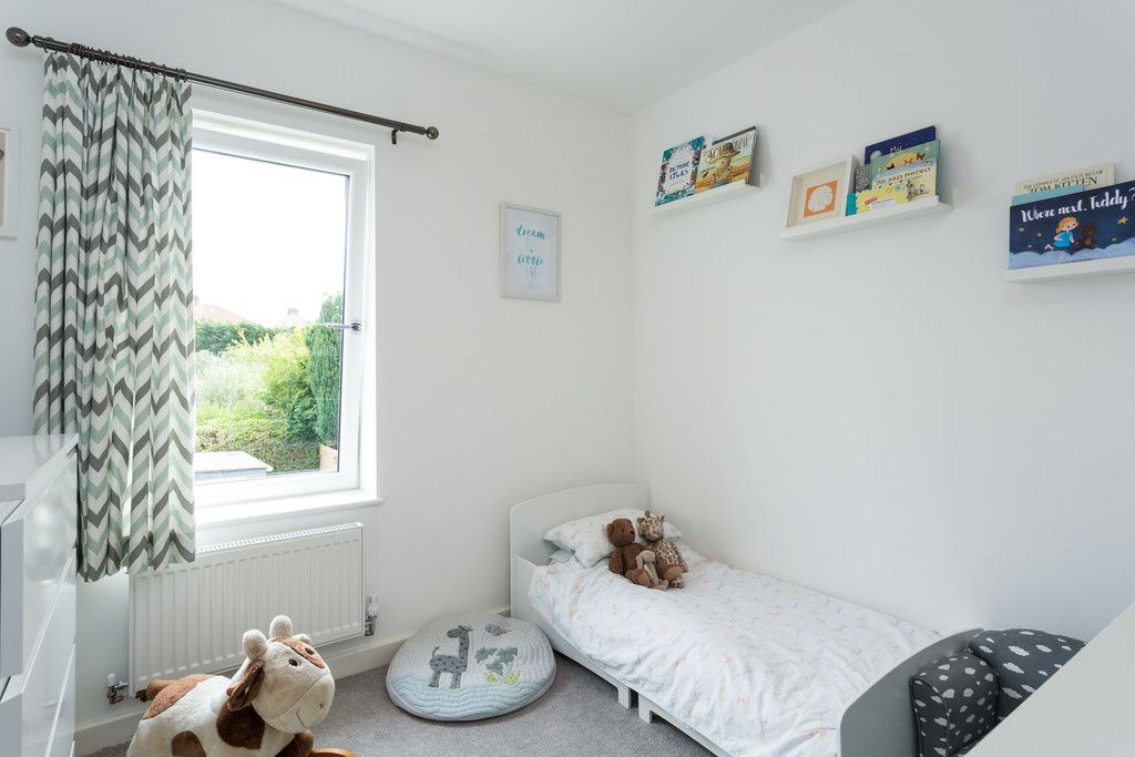 3 bed house for sale in Howe Hill Road, York 10