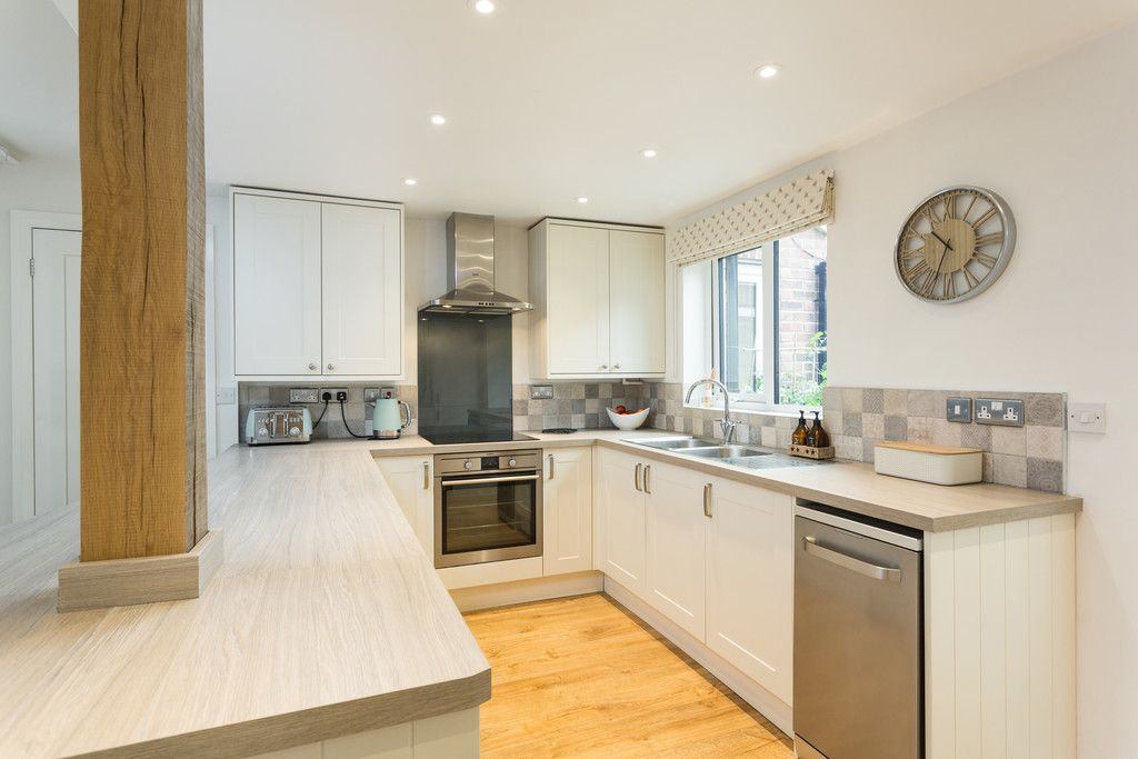 2 bed house for sale in Kelcbar Way, Tadcaster 4