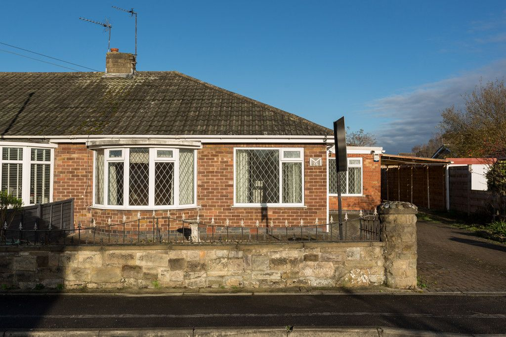 3 bed bungalow for sale in Hawthorn Spinney, York, YO31