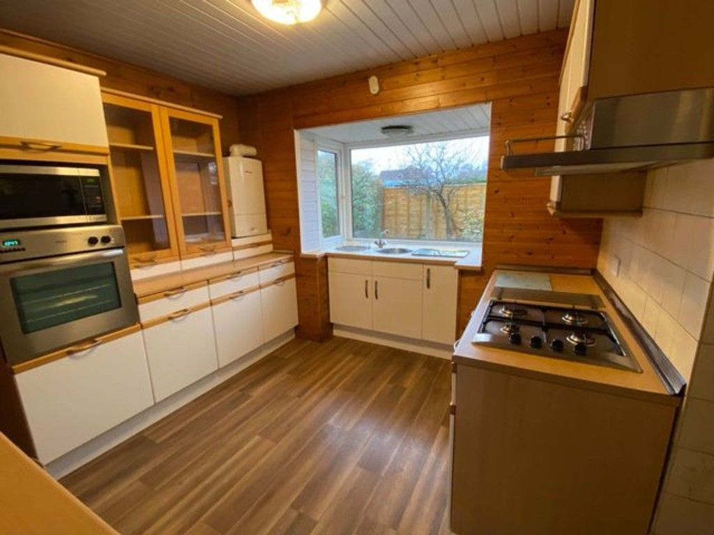 3 bed bungalow for sale in Hawthorn Spinney, York 10