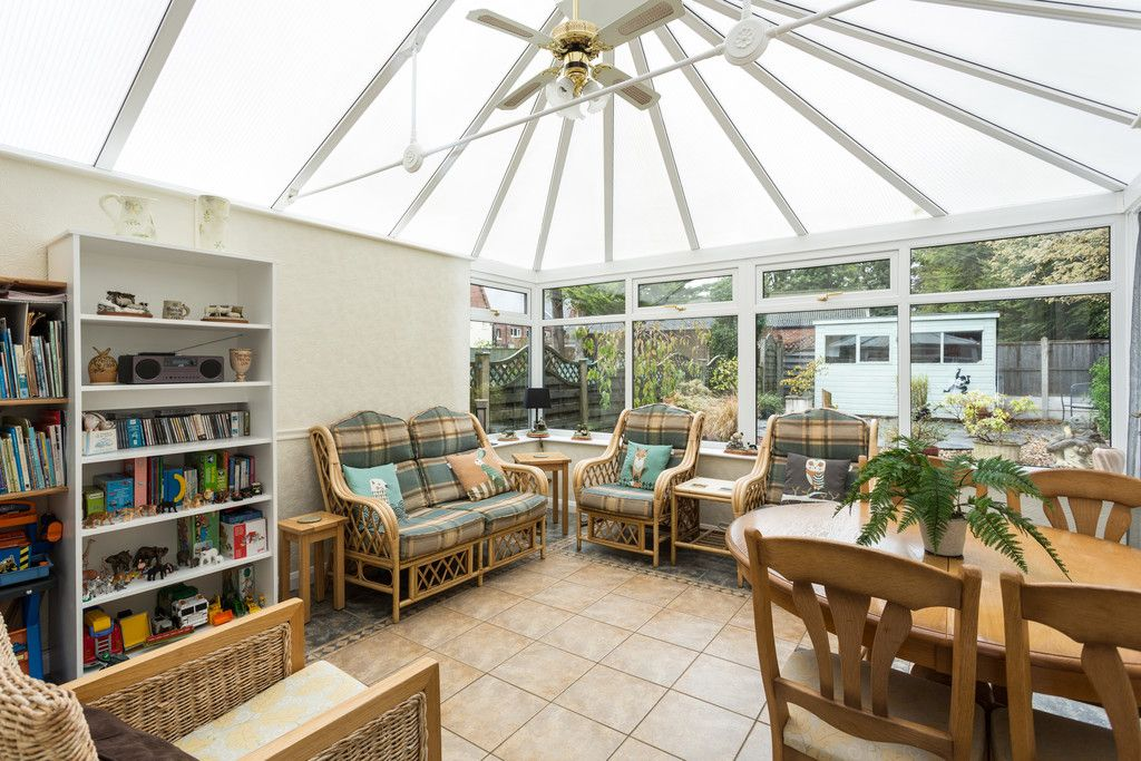 3 bed house for sale in Leeds Road, Tadcaster 4
