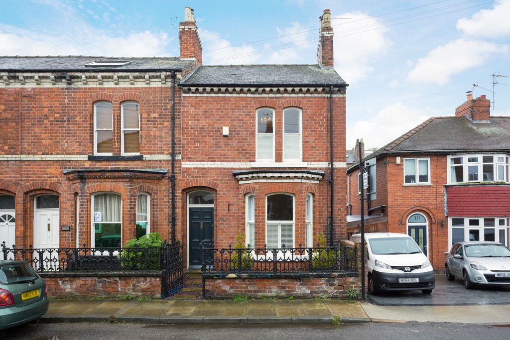3 bed house for sale in Wilton Rise, York, YO24