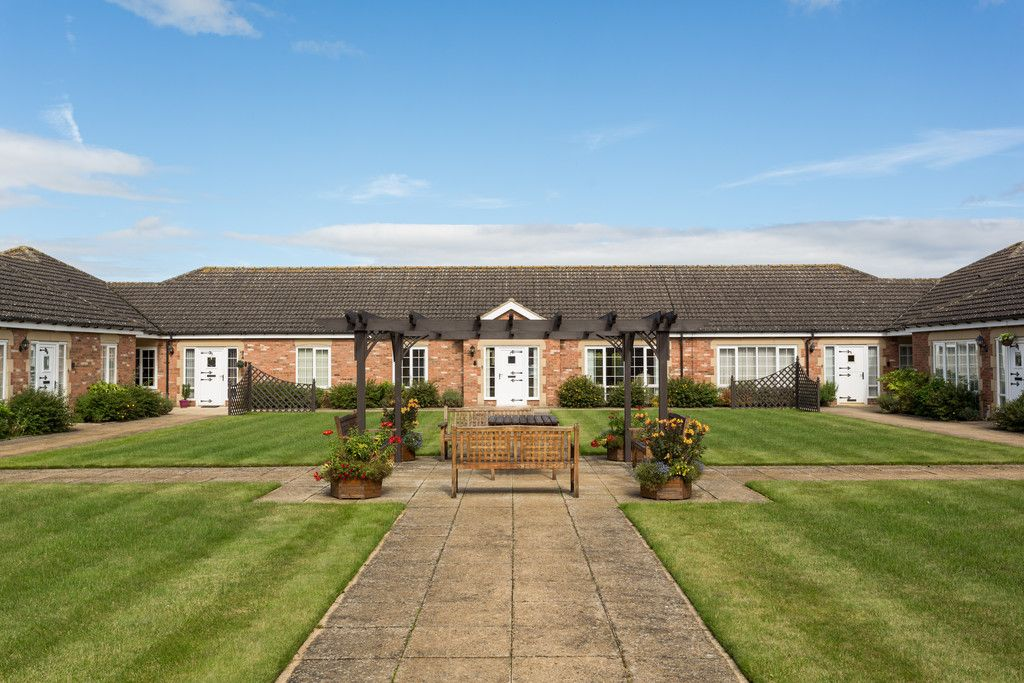 2 bed bungalow for sale in Church Lane, Wheldrake  - Property Image 12