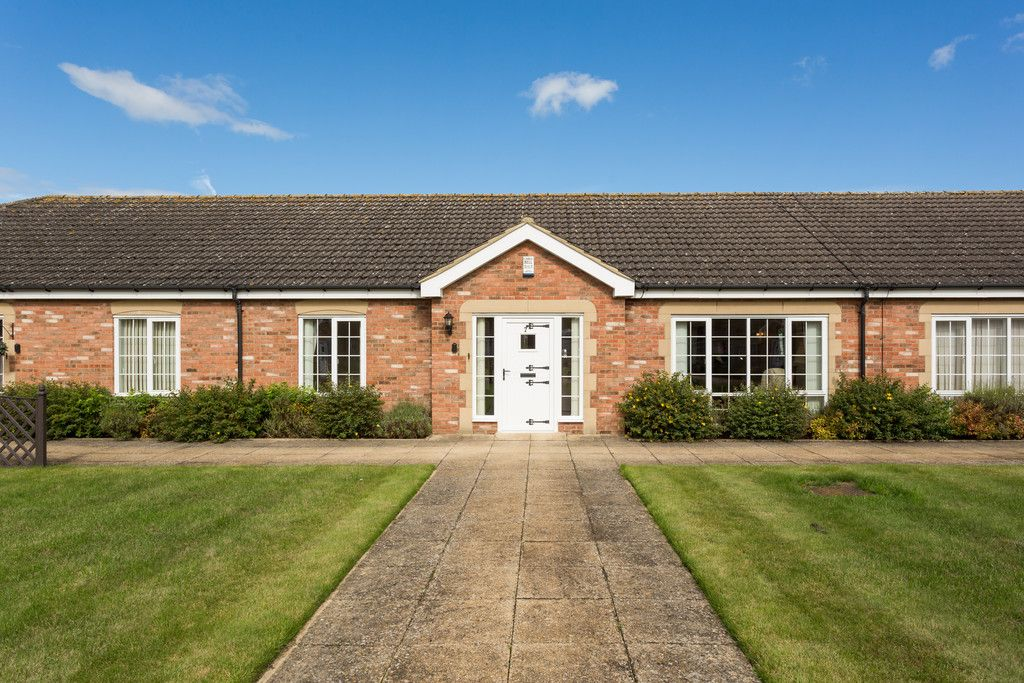 2 bed bungalow for sale in Church Lane, Wheldrake  - Property Image 10