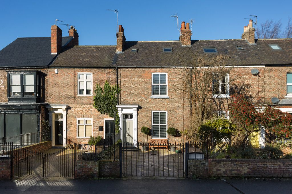 3 bed house for sale in Holgate Road, York  - Property Image 1