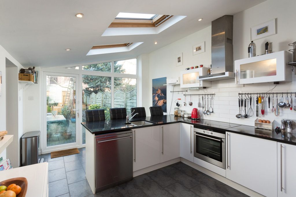 3 bed house for sale in Holgate Road, York  - Property Image 4
