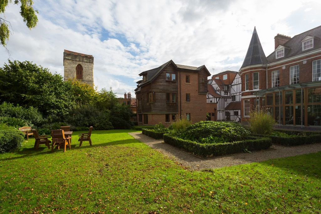 2 bed flat for sale in Talbot Court, Low Petergate, York 13