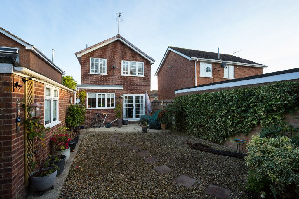 3 bed house for sale in Farmers Way, Copmanthorpe, York 12