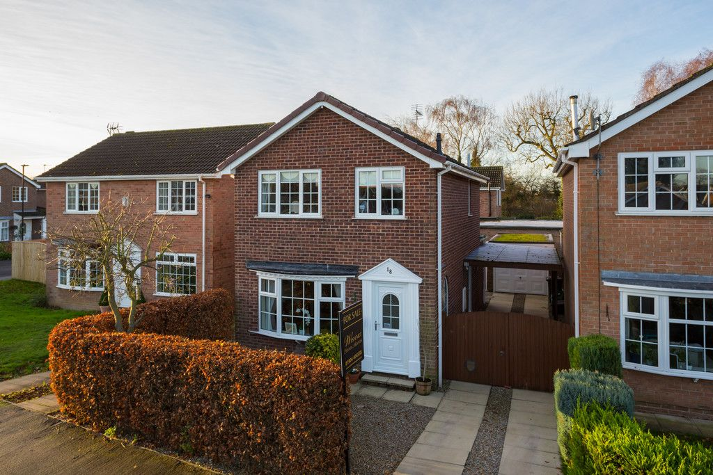 3 bed house for sale in Farmers Way, Copmanthorpe, York 13