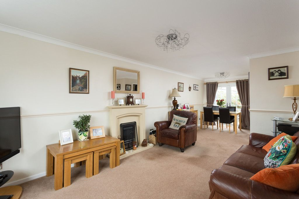 3 bed house for sale in Farmers Way, Copmanthorpe, York 3