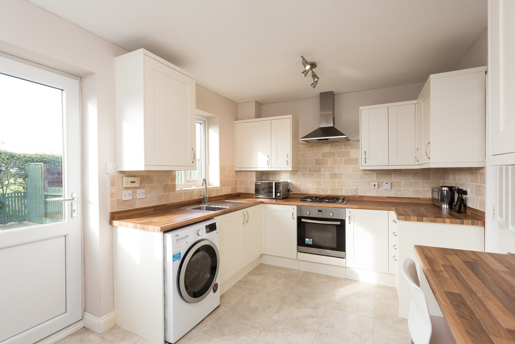 2 bed house for sale in Moorland Gardens, Copmanthorpe, York, YO23