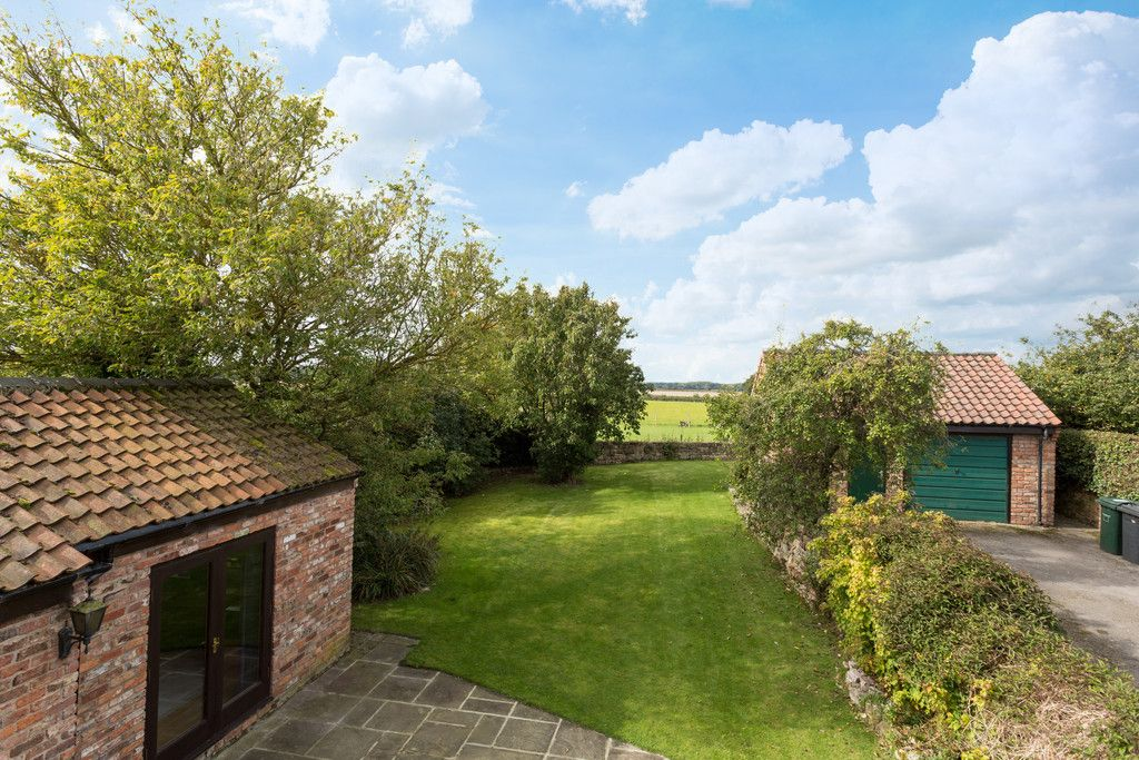 4 bed house for sale in Oakdene, Catterton  - Property Image 2
