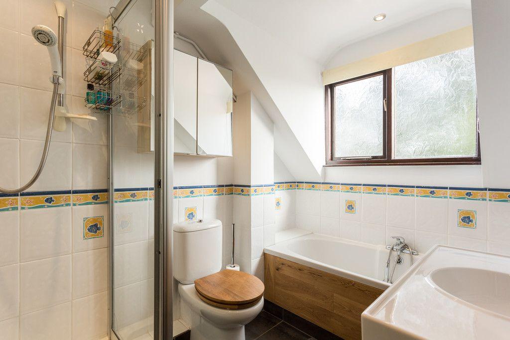4 bed house for sale in Oakdene, Catterton 28