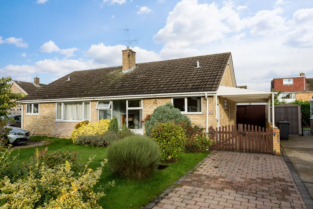 2 bed bungalow for sale in Ullswater, York, YO24