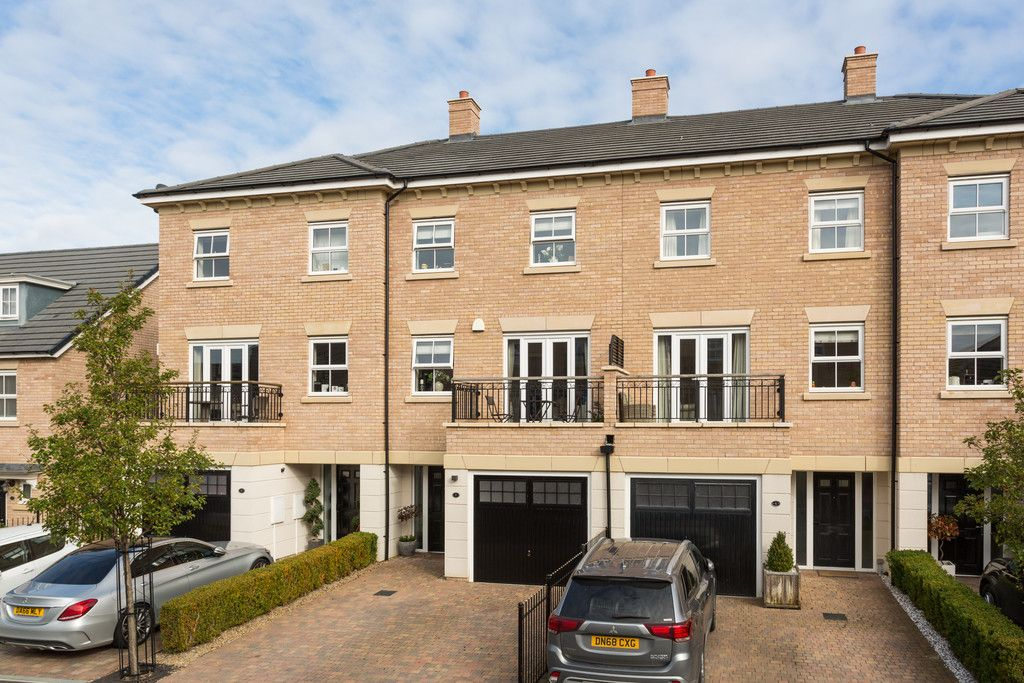 3 bed house for sale in St. Andrews Walk, Newton Kyme, Tadcaster  - Property Image 20
