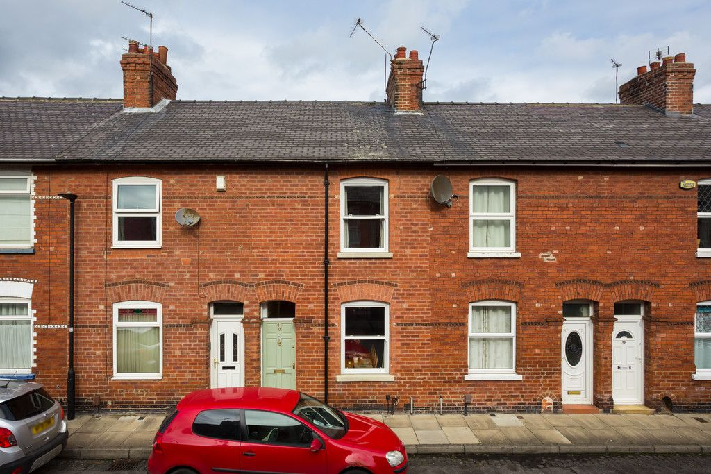 2 bed house for sale in Rose Street, York, YO31