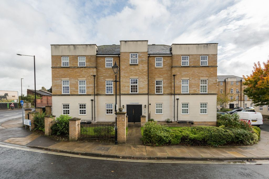 2 bed flat for sale in Phoenix Boulevard, York, YO26