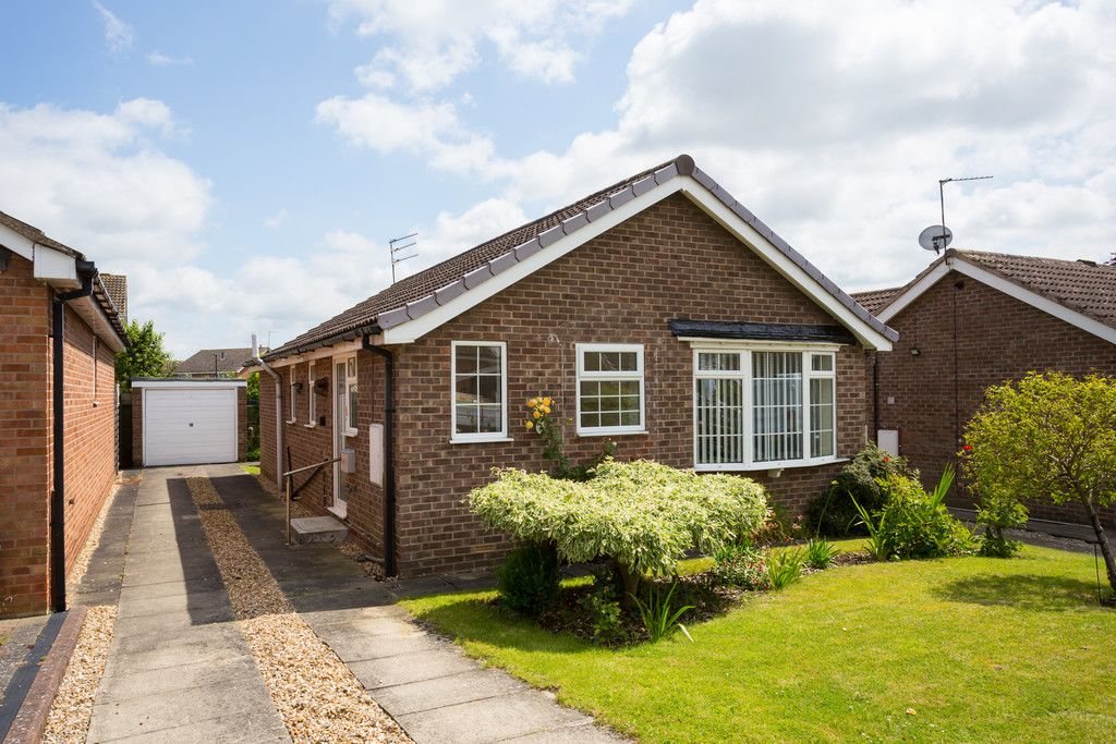 2 bed bungalow for sale in Potters Drive, Copmanthorpe, York  - Property Image 12