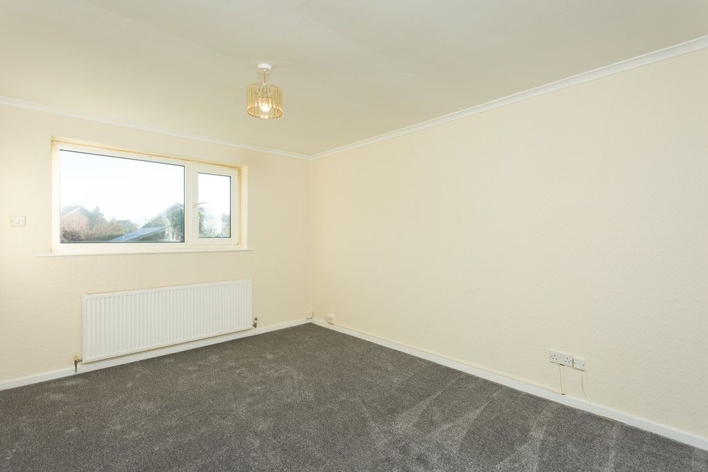2 bed bungalow for sale in Potters Drive, Copmanthorpe, York  - Property Image 6