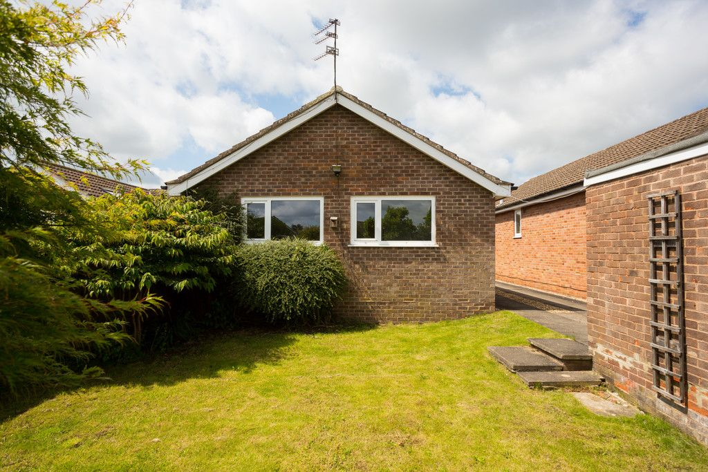 2 bed bungalow for sale in Potters Drive, Copmanthorpe, York 10