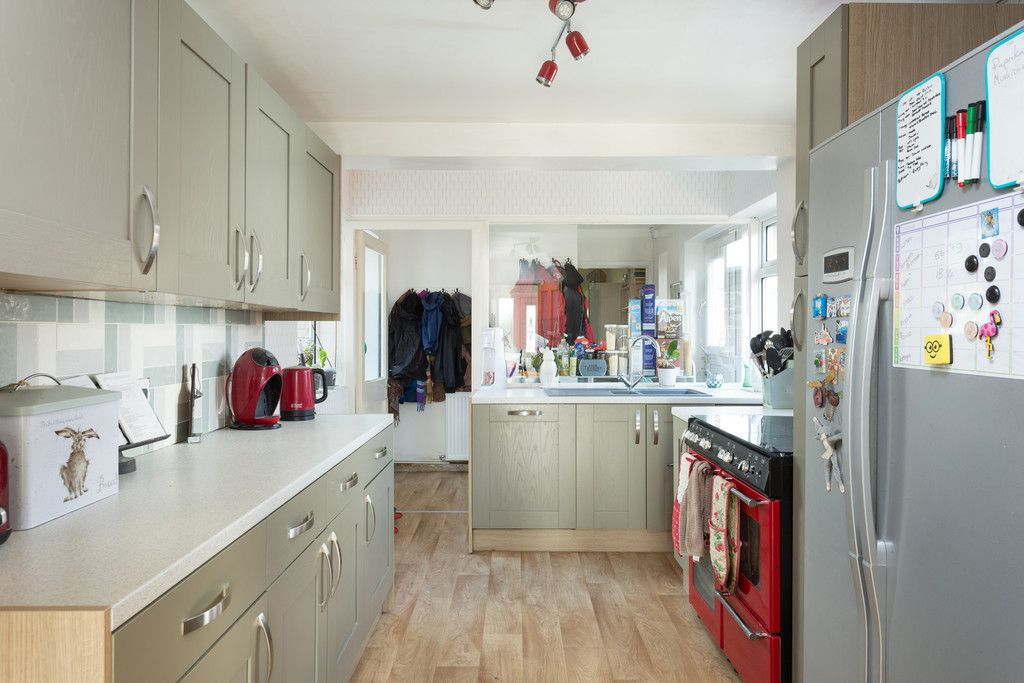 4 bed house for sale in Beechwood Glade, York  - Property Image 3
