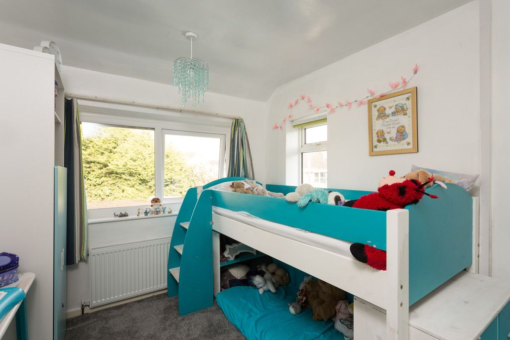 4 bed house for sale in Beechwood Glade, York 9
