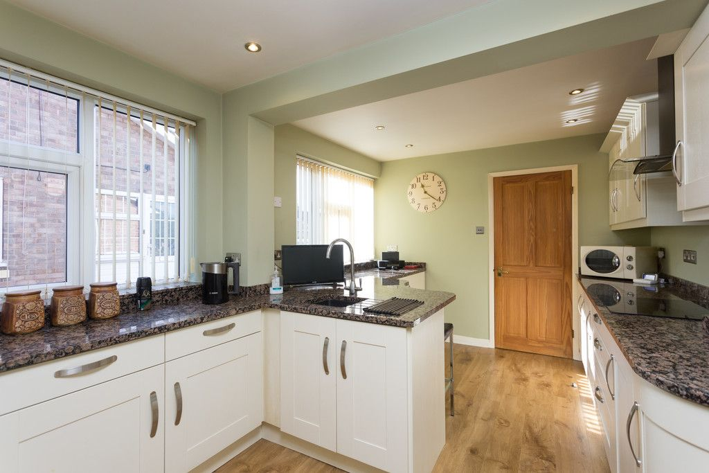 3 bed house for sale in Beech Avenue, Bishopthorpe, York  - Property Image 3