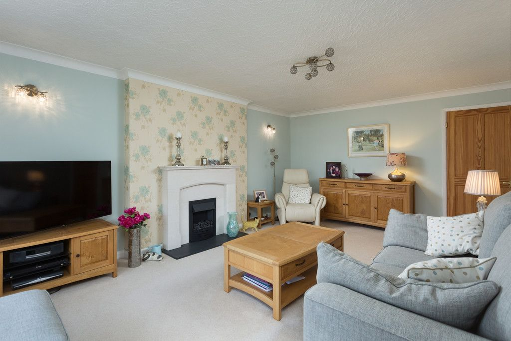 3 bed house for sale in Beech Avenue, Bishopthorpe, York 10