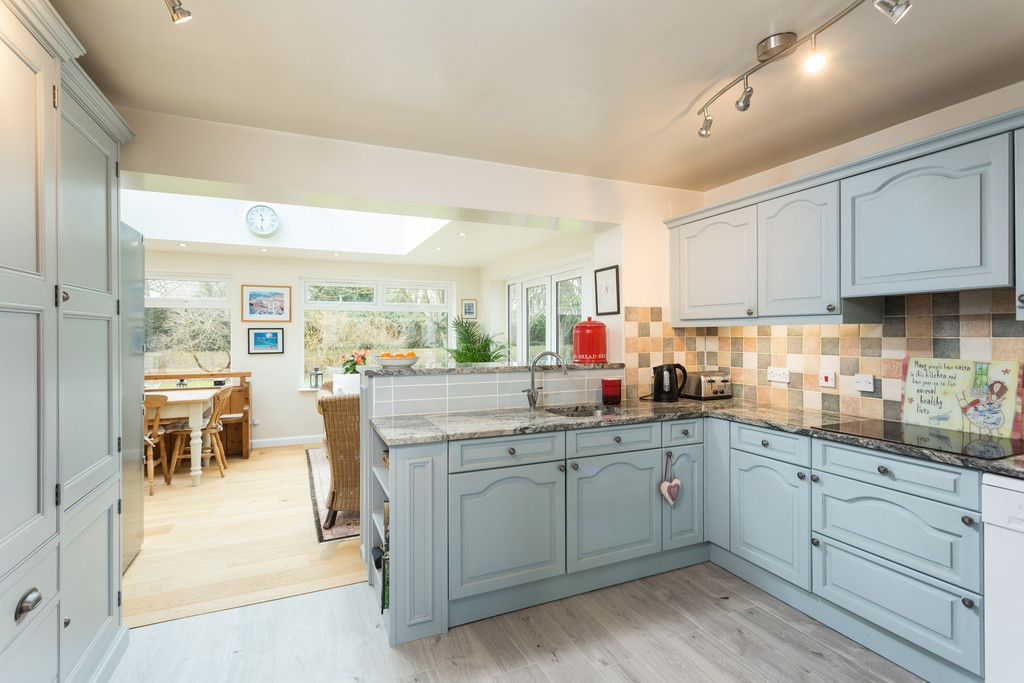 4 bed house for sale in Rectory Close, Bolton Percy, York  - Property Image 3
