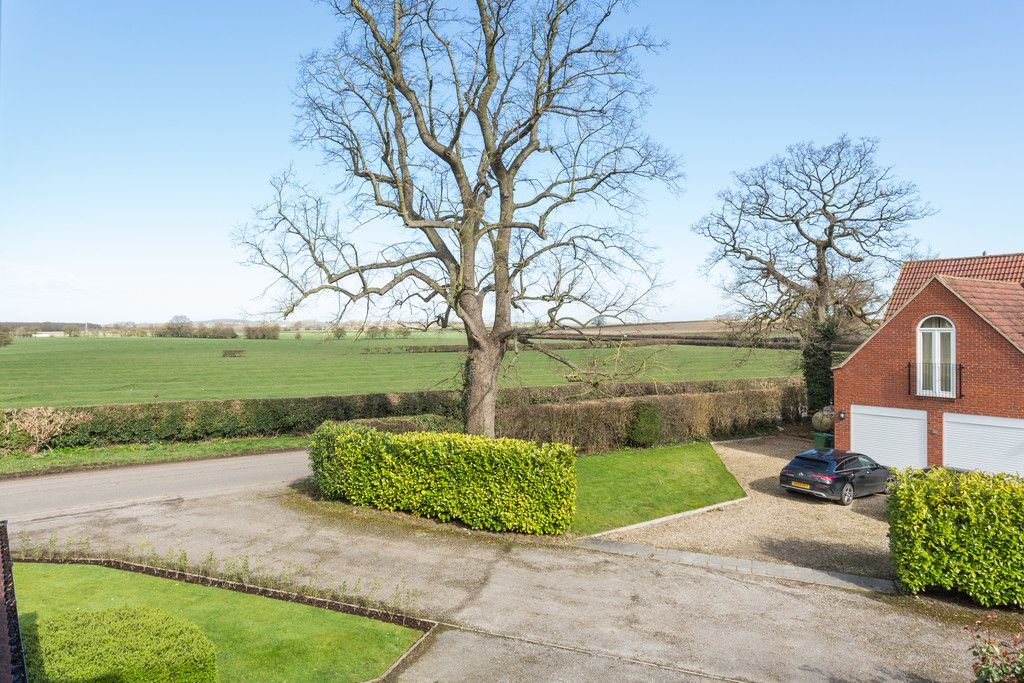 4 bed house for sale in Rectory Close, Bolton Percy, York  - Property Image 25