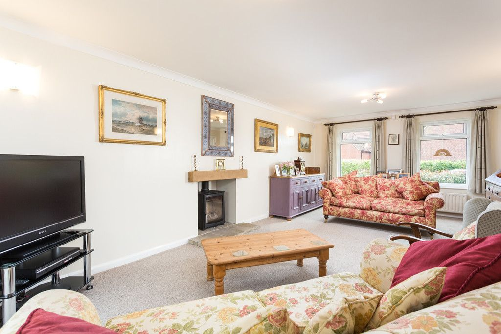 4 bed house for sale in Rectory Close, Bolton Percy, York  - Property Image 8
