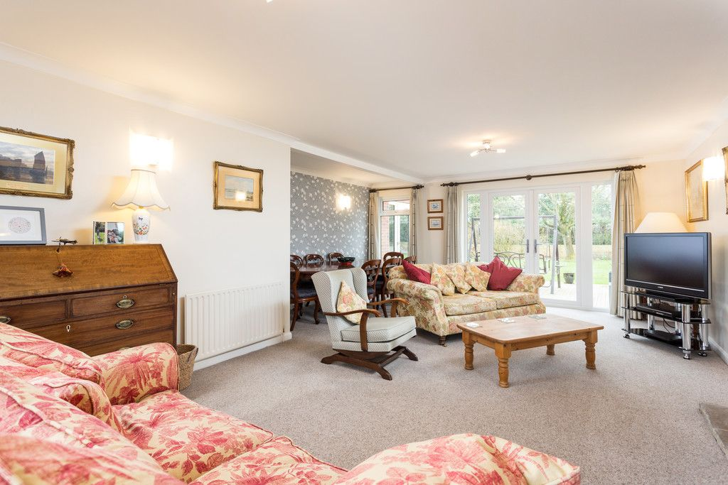 4 bed house for sale in Rectory Close, Bolton Percy, York  - Property Image 10