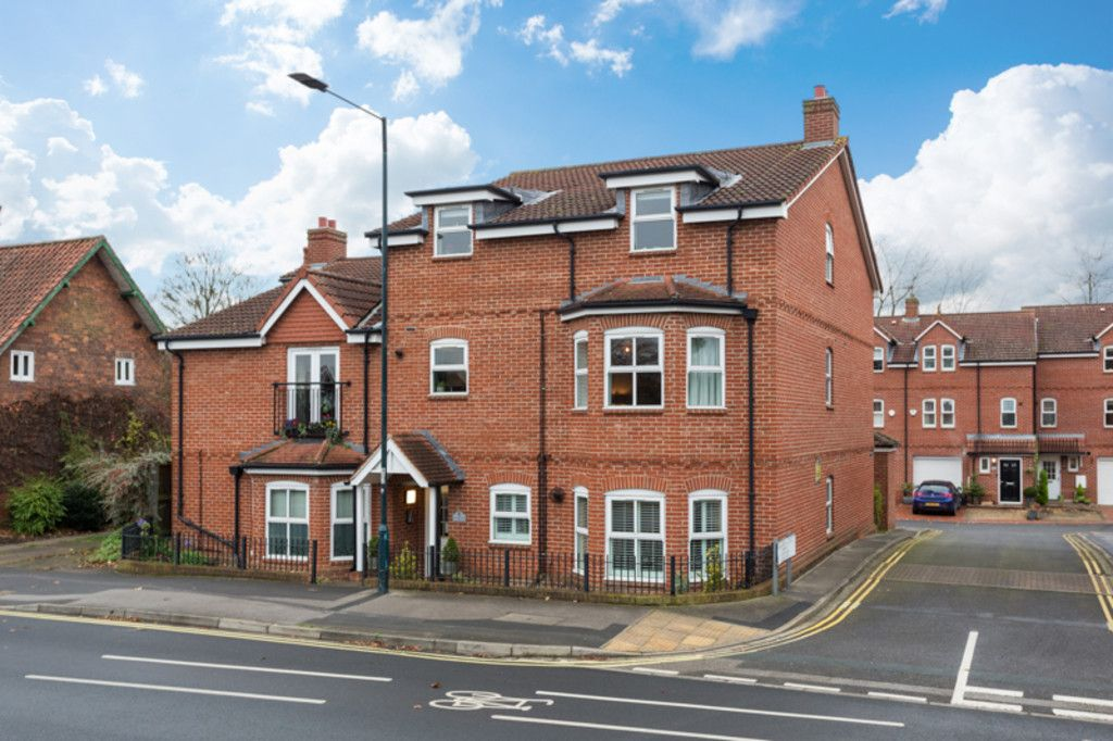 2 bed flat for sale in Flat 3 Mansio House, Calcaria Court, Tadcaster Road, York, YO24