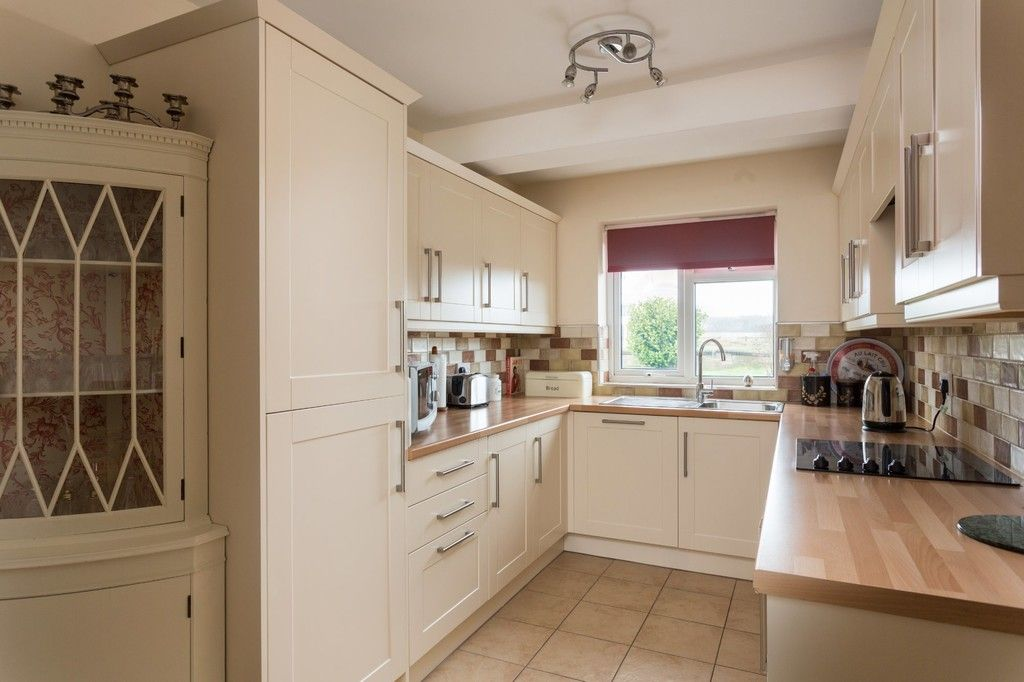 6 bed house for sale in Hallcroft Lane, Copmanthorpe, York  - Property Image 15
