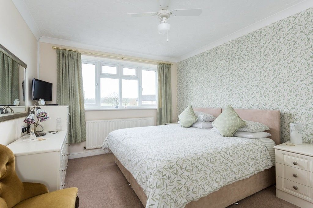 6 bed house for sale in Hallcroft Lane, Copmanthorpe, York 16