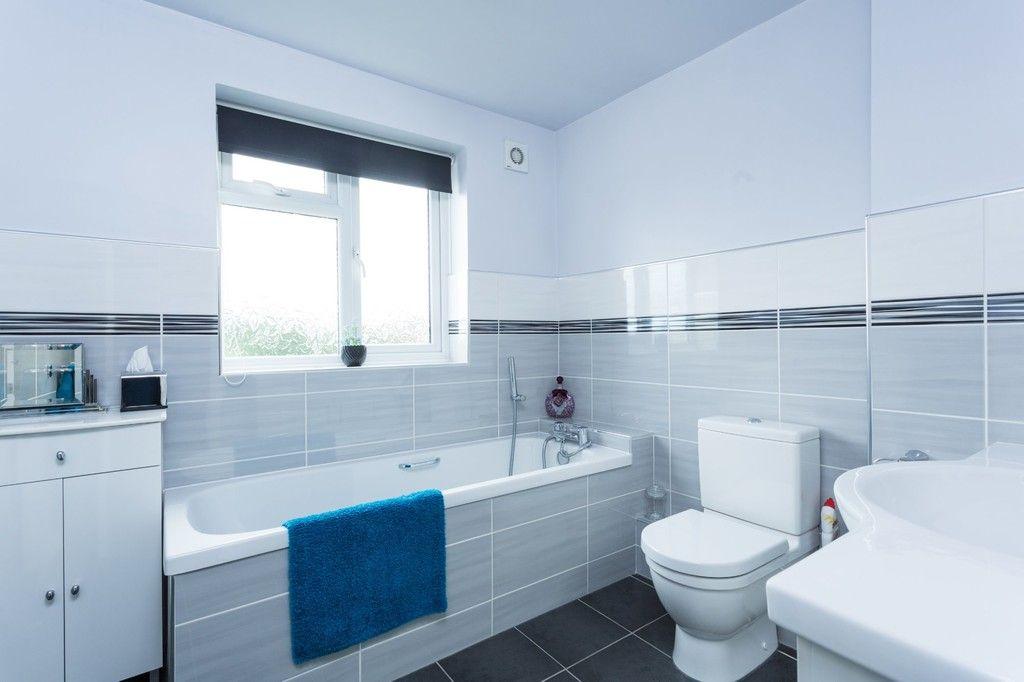 6 bed house for sale in Hallcroft Lane, Copmanthorpe, York 17