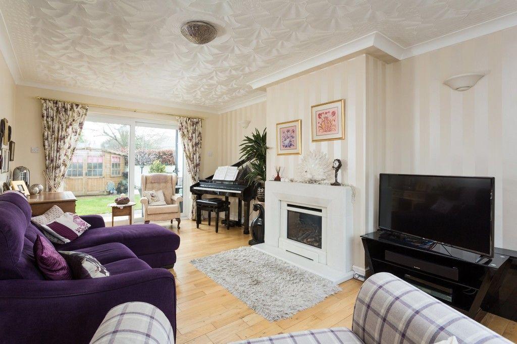 6 bed house for sale in Hallcroft Lane, Copmanthorpe, York 3