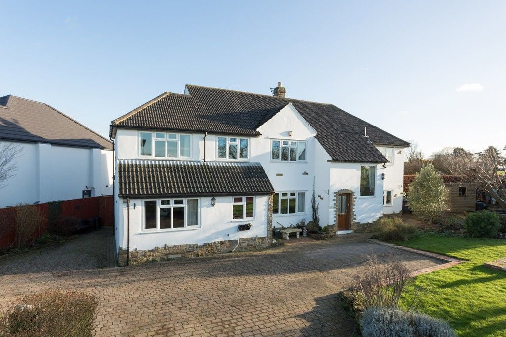 6 bed house for sale in Hallcroft Lane, Copmanthorpe, York  - Property Image 23
