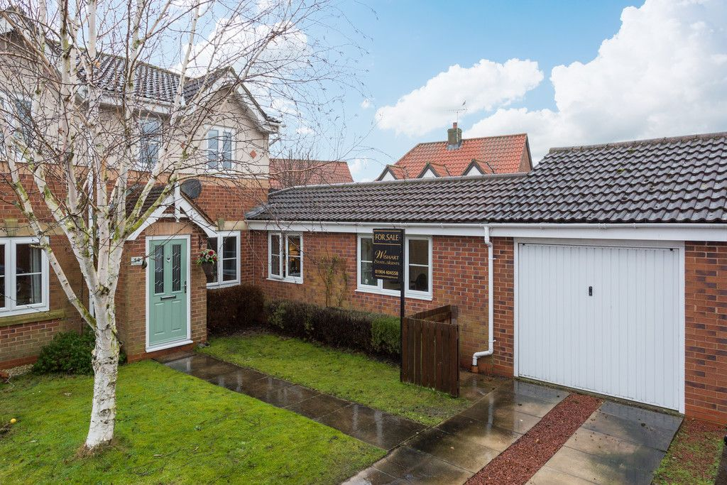 3 bed house for sale in The Meadows, Riccall, York  - Property Image 11