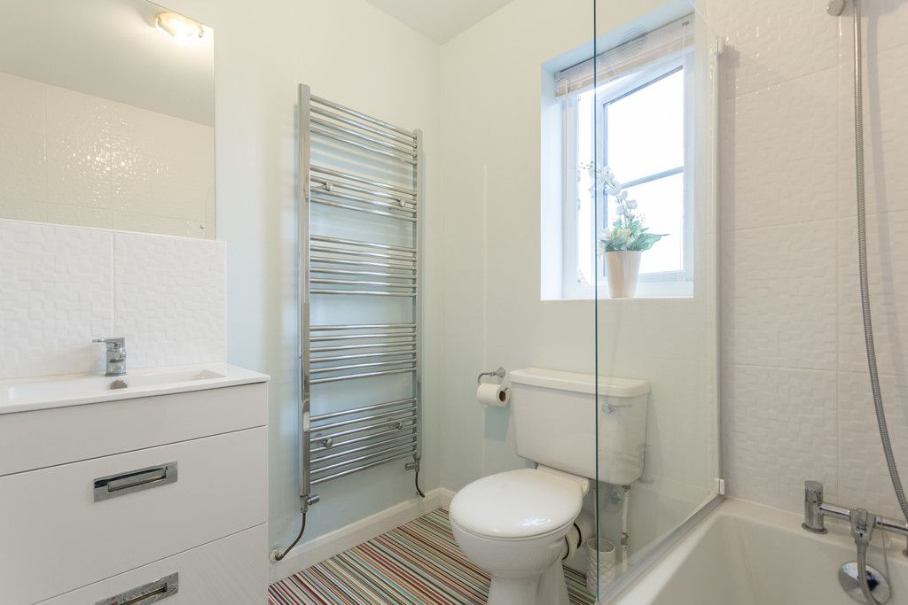 3 bed house for sale in The Meadows, Riccall, York  - Property Image 8