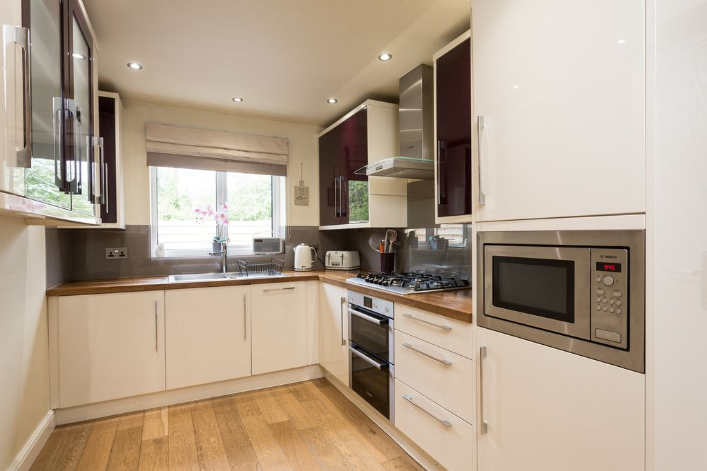 5 bed house for sale in Whistler Close, Copmanthorpe, York 4