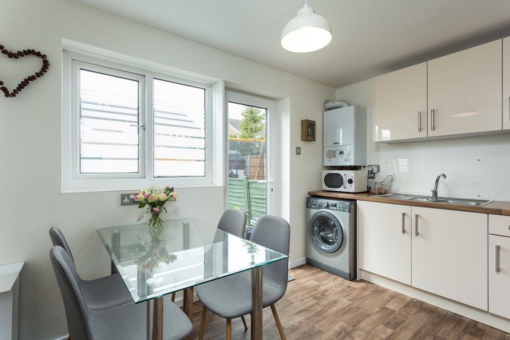3 bed house for sale in Ostlers Close, Copmanthorpe, York 3