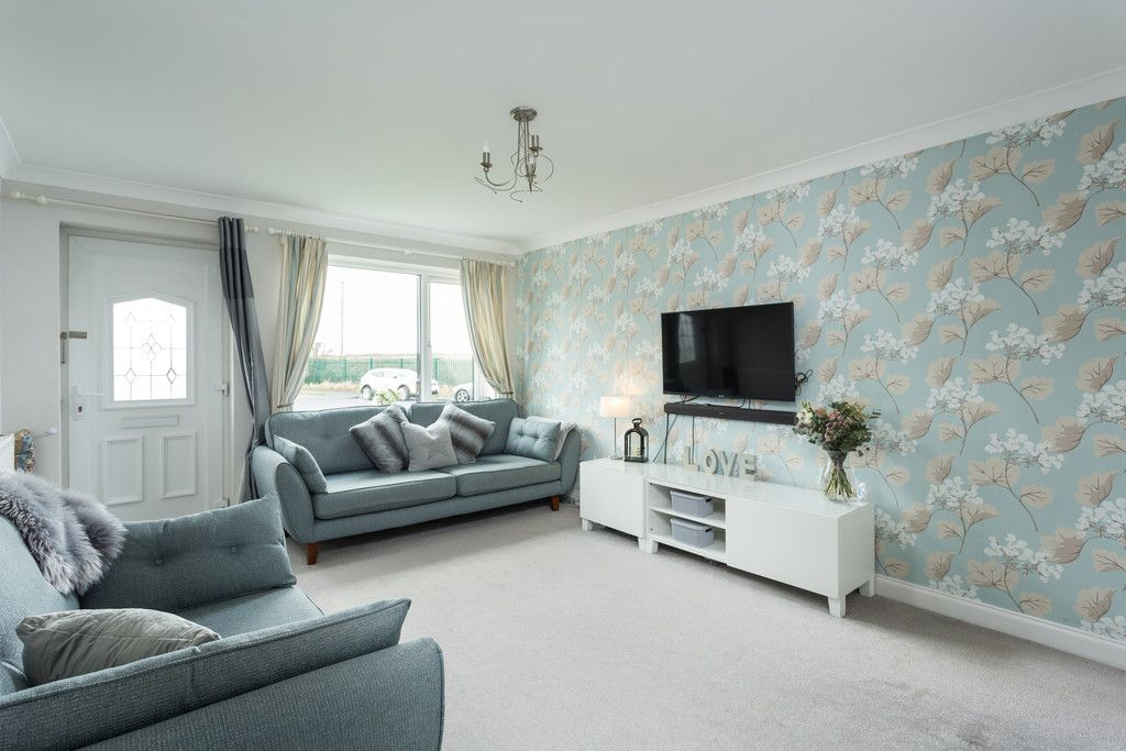 3 bed house for sale in Ostlers Close, Copmanthorpe, York 5
