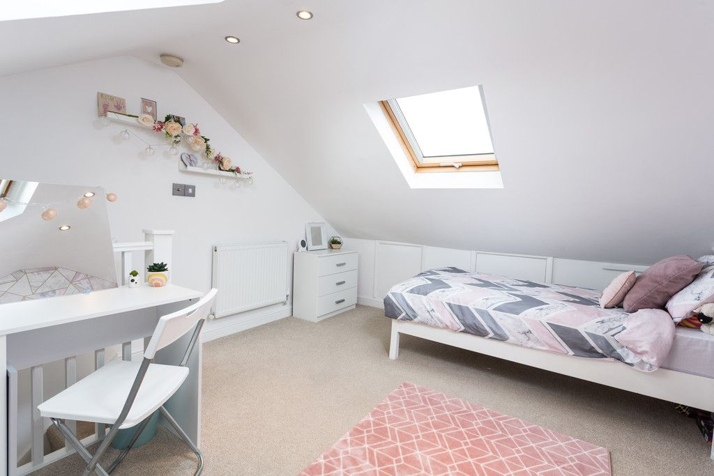 3 bed house for sale in Ostlers Close, Copmanthorpe, York  - Property Image 9