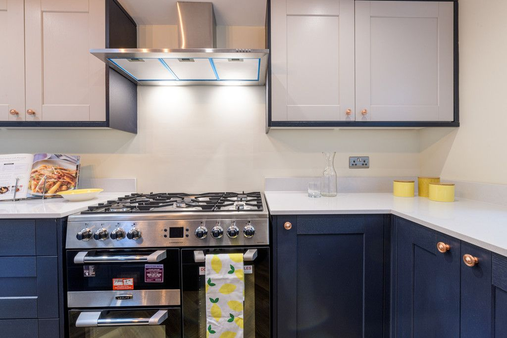4 bed house for sale in Millers Croft, Copmanthorpe, York  - Property Image 5
